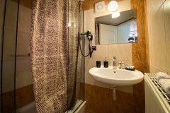 VST-Classic-Double-bath-room