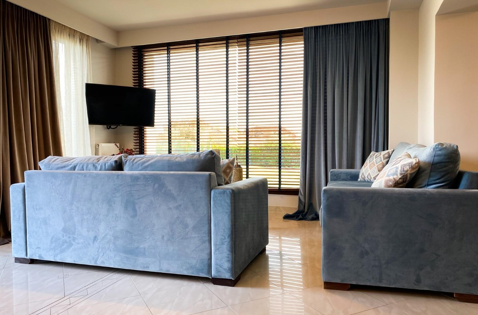 VST-Grand-Suite-living-room-2