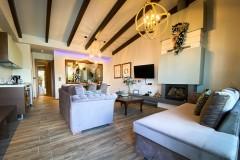 VST-Green-Suite-living-room-3