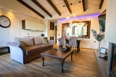 VST-Green-Suite-living-room-4